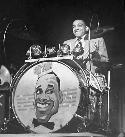 sk1039-webb-chick-band-solo-shot-a-1938